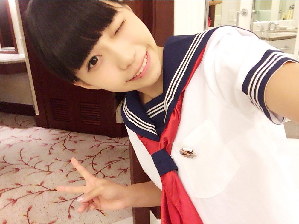カラオケバトル亜咲花は女子高生アニソンシンガー!趣味のコスプレ画像に歌うきっかけは?経歴に英語がヤバくて帰国子女?