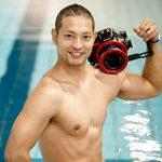西川隼矢(プール専門フォトグラファー)の経歴やきっかけは?妻や子供はいるの?会社や収入も気になる【はやドキ】