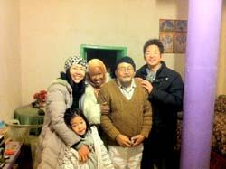 森分伸好は砂漠の町の日本人!経歴や年齢に妻に子供は?モロッコにいる理由とエルフードで何の仕事をしている?ゲストハウスそれとも画家?【笑ってこらえて】