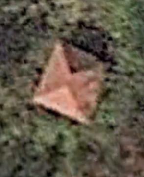 世界の何だコレミステリー福島衛星写真の謎の小屋(建物)の場所を特定!神社?祠?休憩所?8月22日